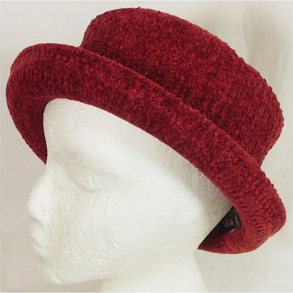 Kangol medium red bucket type hat  24aeb26f7b6