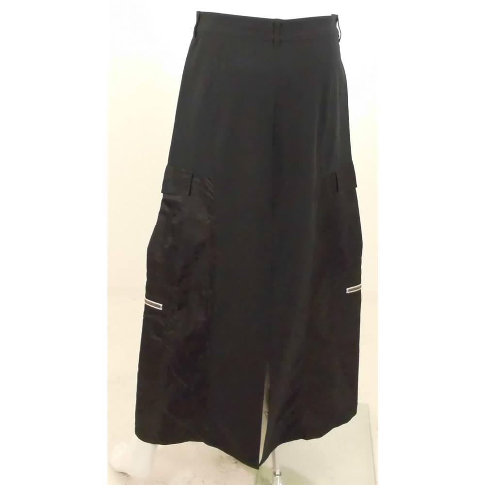 ec326565e8f Marithe Francois Girbaud Size 12 Black Panel Maxi Skirt For Sale in Milton  Keynes, London | Preloved