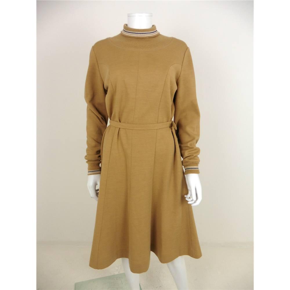 e13115760a4 Vintage 80s Lerose Size 18 Camel Brown Knit Dress With Belt