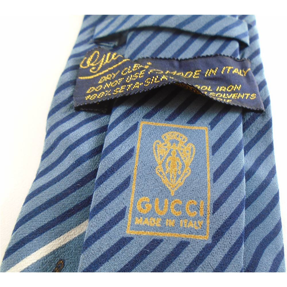 9ebc4383d6bfa Gucci Silver Blue Striped Silk Tie