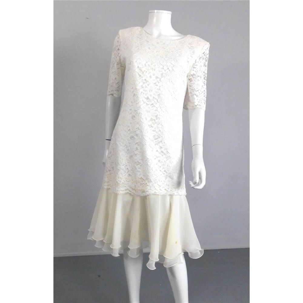 Helen Micheal Size 14 White Tea Length Lace Wedding Dress | Oxfam GB ...