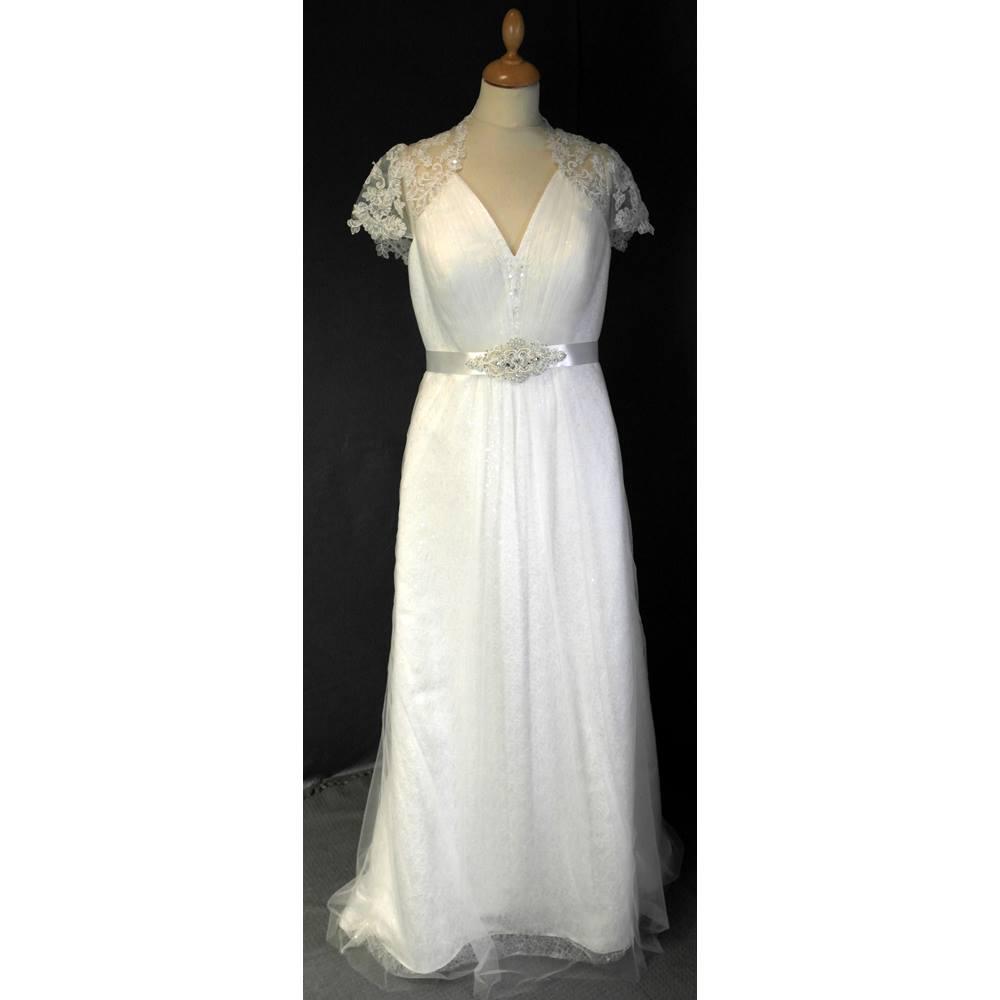 Bnwt eden bridals size 12 ivory wedding dress eden bridals for Oxfam wedding dress shop