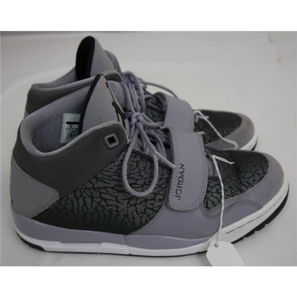 Air Jordan - Size 7 - Grey Black - Flight Club 90 s. Loading zoom 652d55122