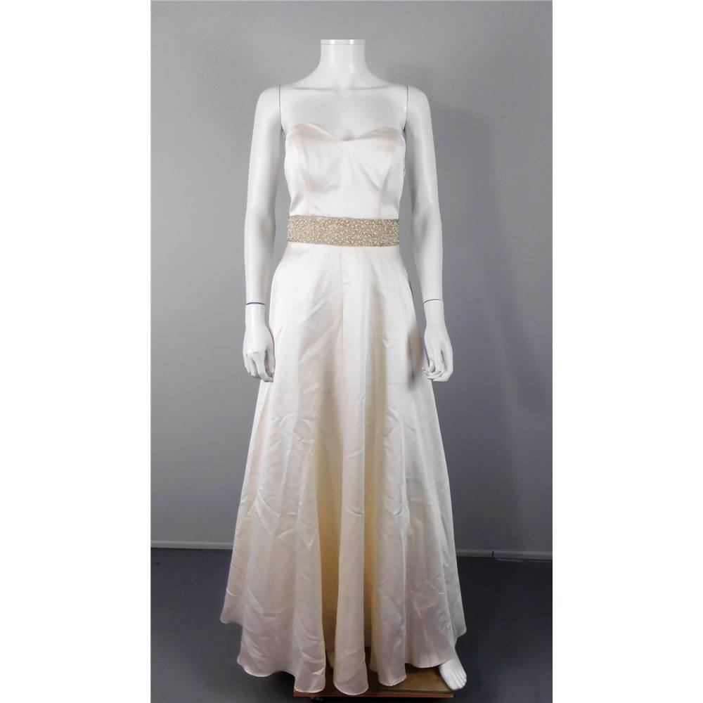 Debut Size 8 Cream Wedding Gown | Oxfam GB | Oxfam\'s Online Shop