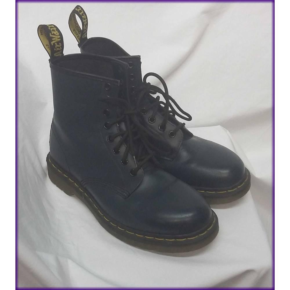 14b866b4baed8f Doc Martens - Size  6 - Blue - Boots