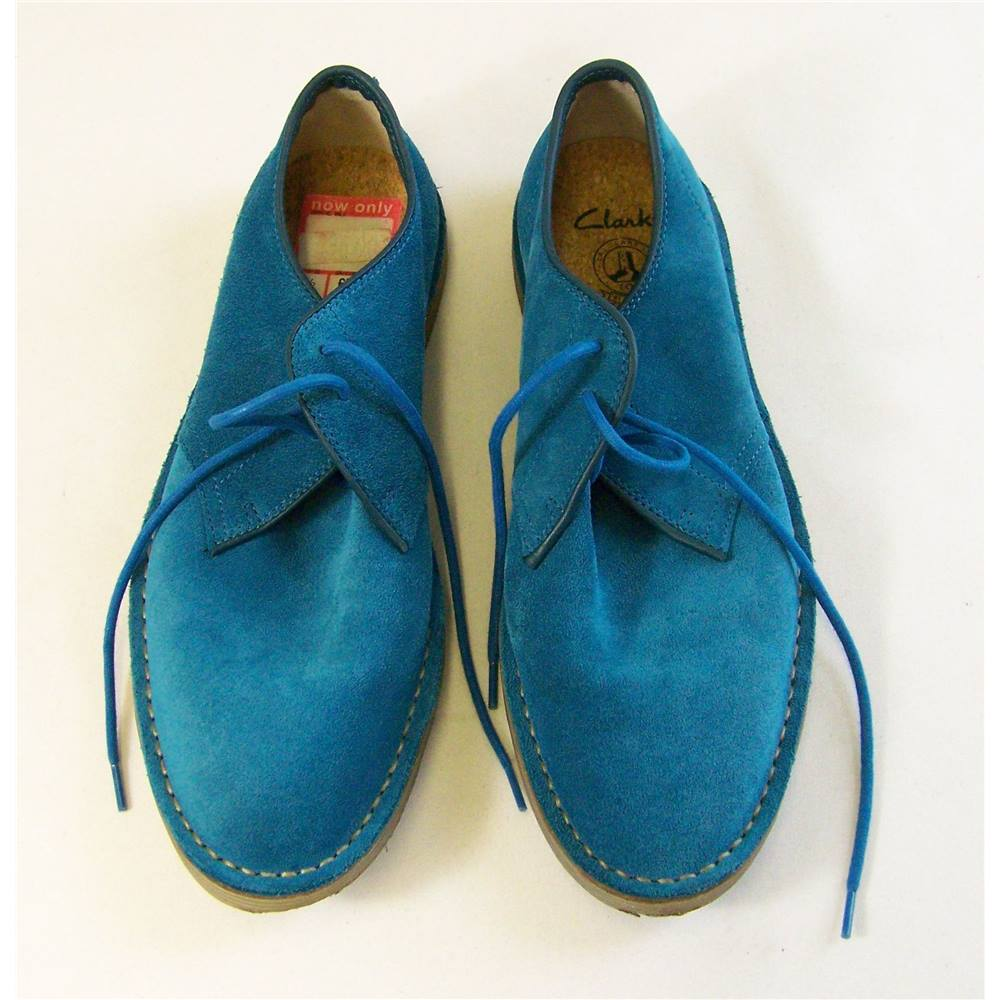 5b8f8bbd9 Clarks Shoes - Size  7.5 - Turquoise Suede Shoes