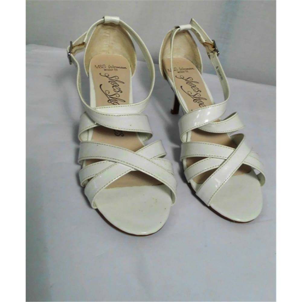 0e4df2b698cf30 M S Woman White Sandals (Wider Fit). Loading zoom