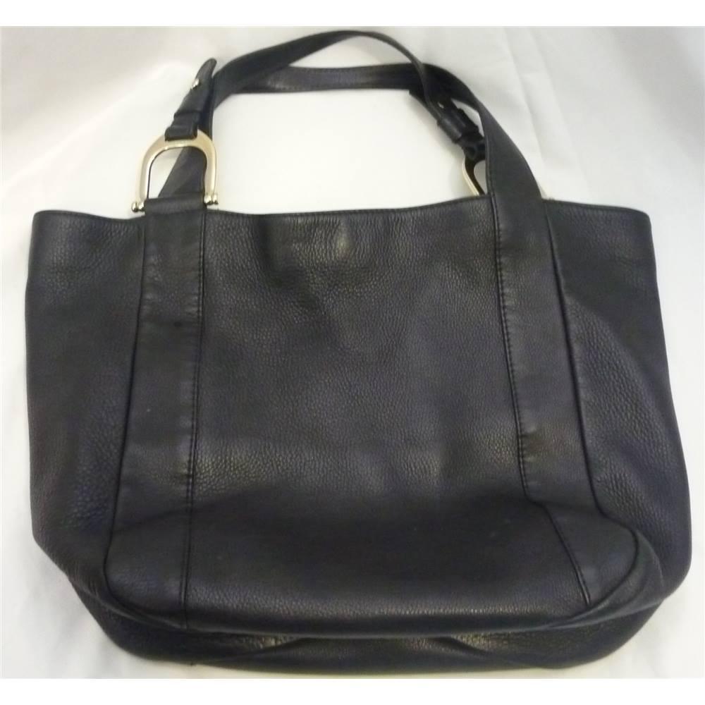 f797c6f43f4 Gucci black leather Sukey tote Made in Italy Gucci - Size: L - Black ...