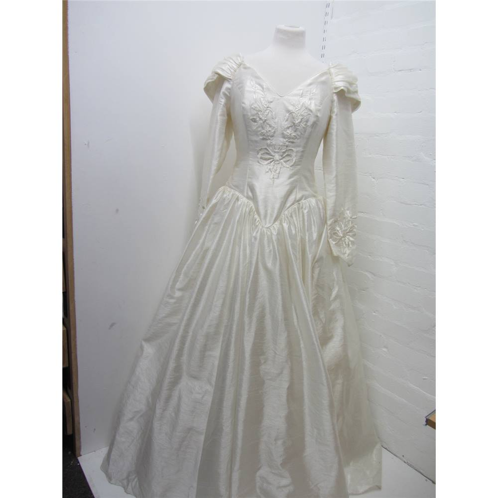 Ladies Ronald Joyce-London Wedding Dress Ronald Joyce-London - Size ...
