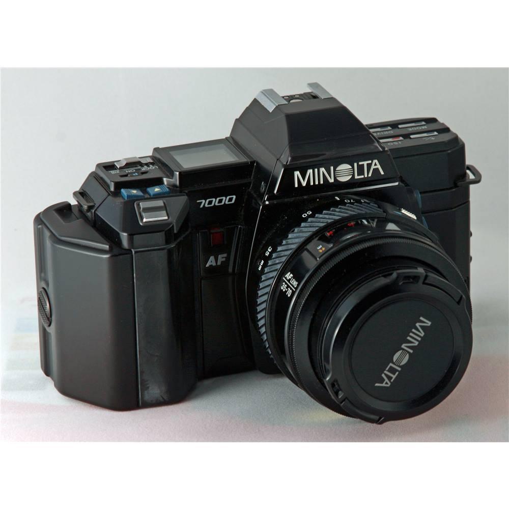 Minolta 7000 AF With 35 70mm F4 Zoom Lens 2800 Flash