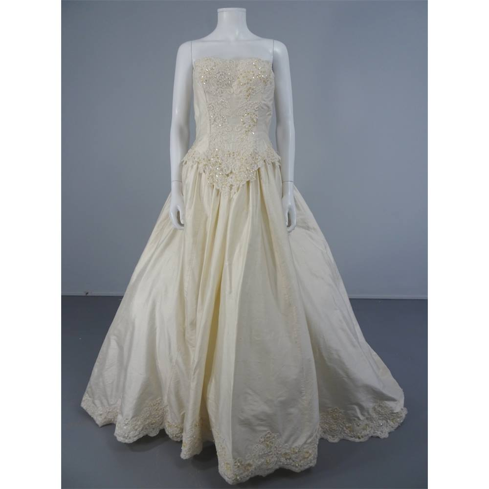 Vintage 90's Alfred Angelo Size 10 Ivory Silk With