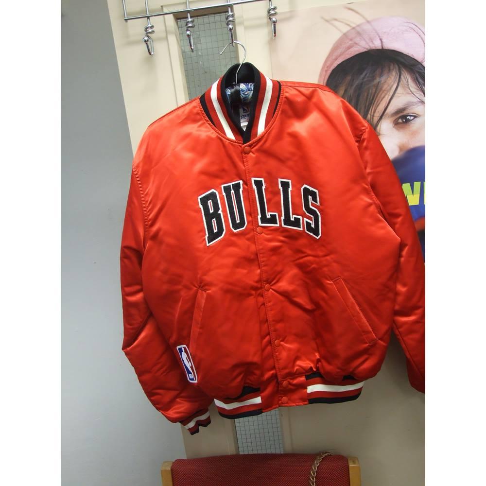 682d4b6d71c7 Chicago Bulls NBA Basketball Vintage Starter Bomber Jacket Micheal Jordan -  Size  XL