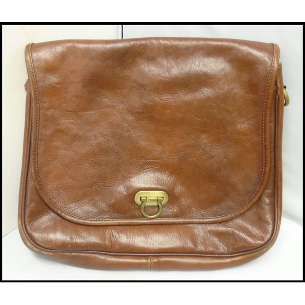 Texier Size M Brown Messenger Bag Loading Zoom
