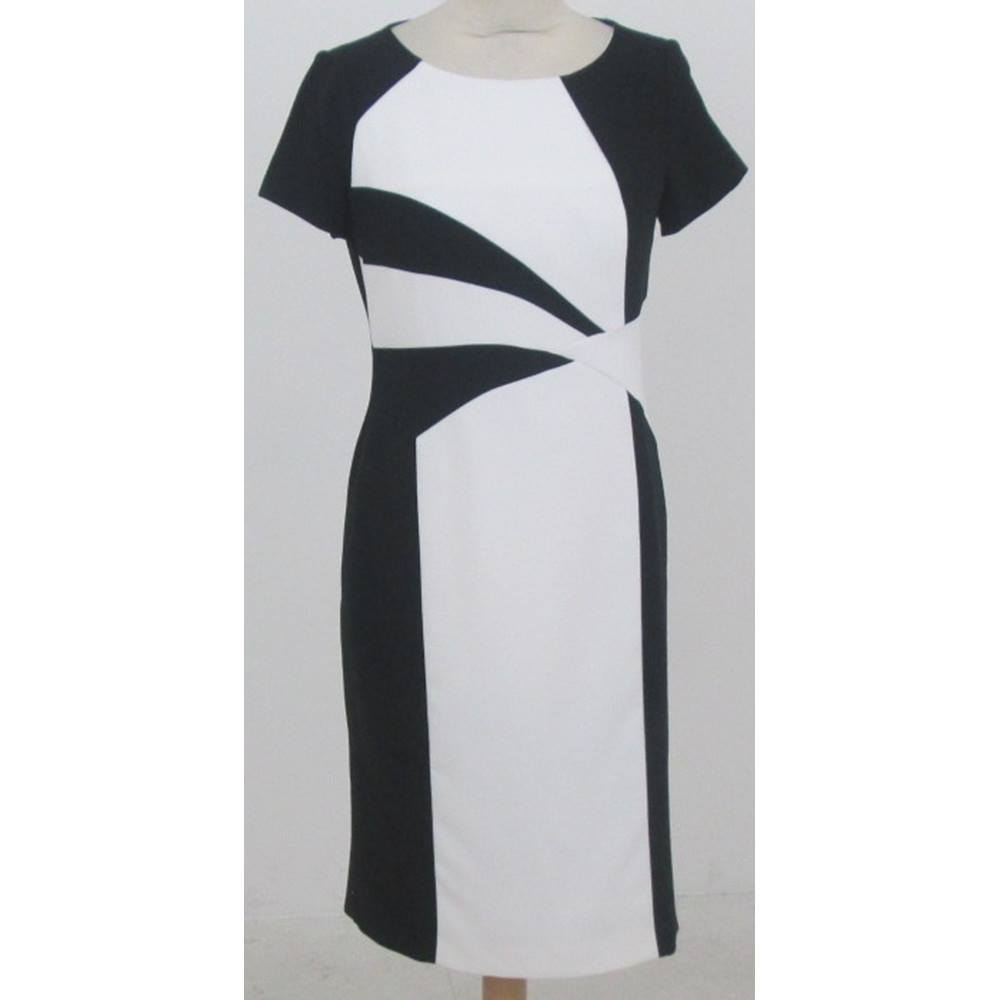 a43b7b75601f Debenhams Petite Collection - Size: 10 - Black & white colour block dress.  Loading zoom