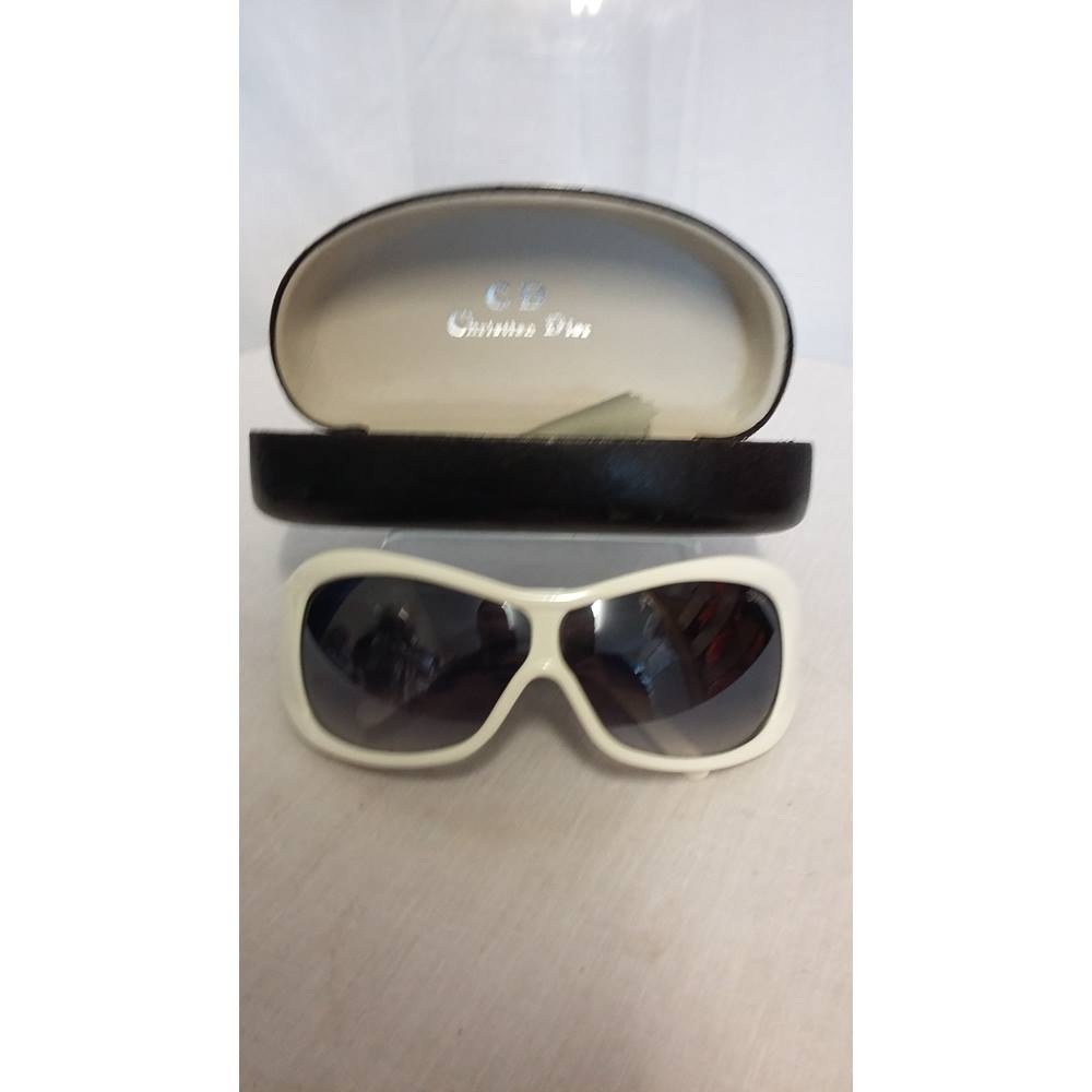 6a55eec597fdd Christian Dior white sunglasses