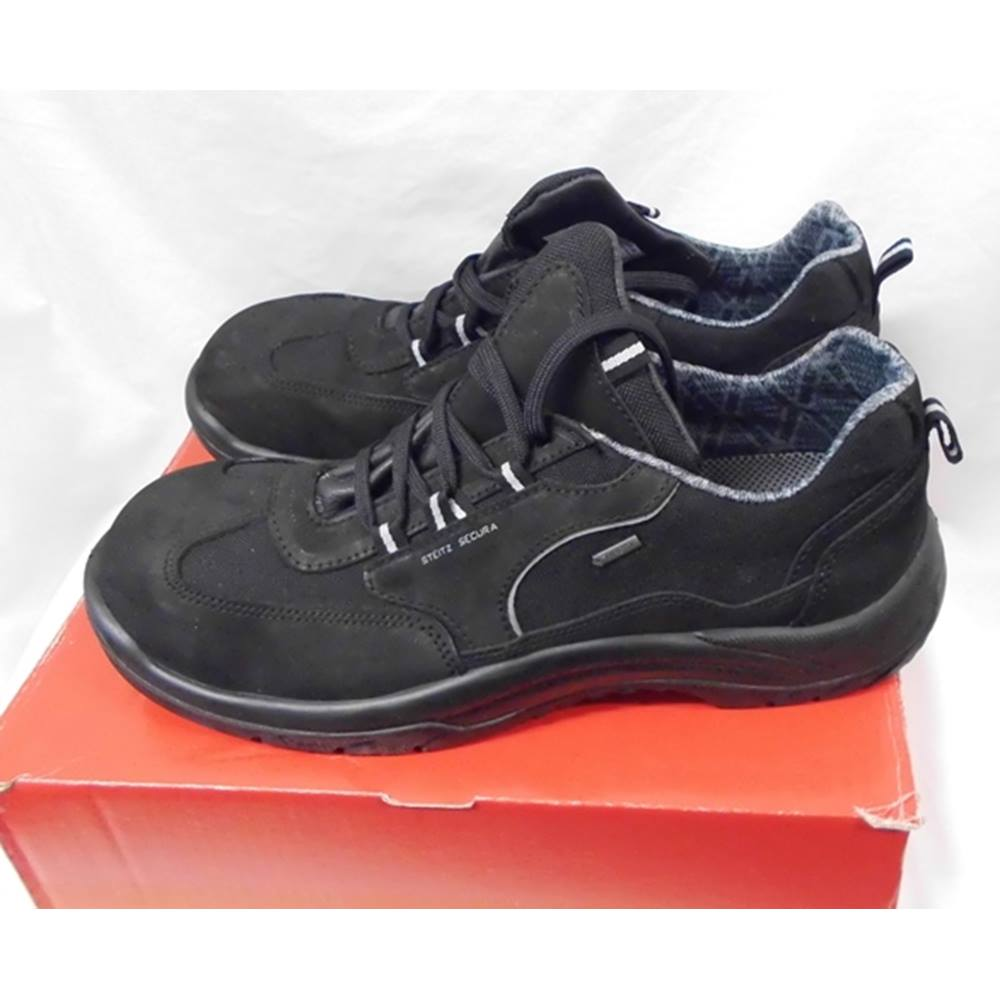 steitz secura safety shoes s2 size 46 black black work boots oxfam gb oxfam s online shop. Black Bedroom Furniture Sets. Home Design Ideas