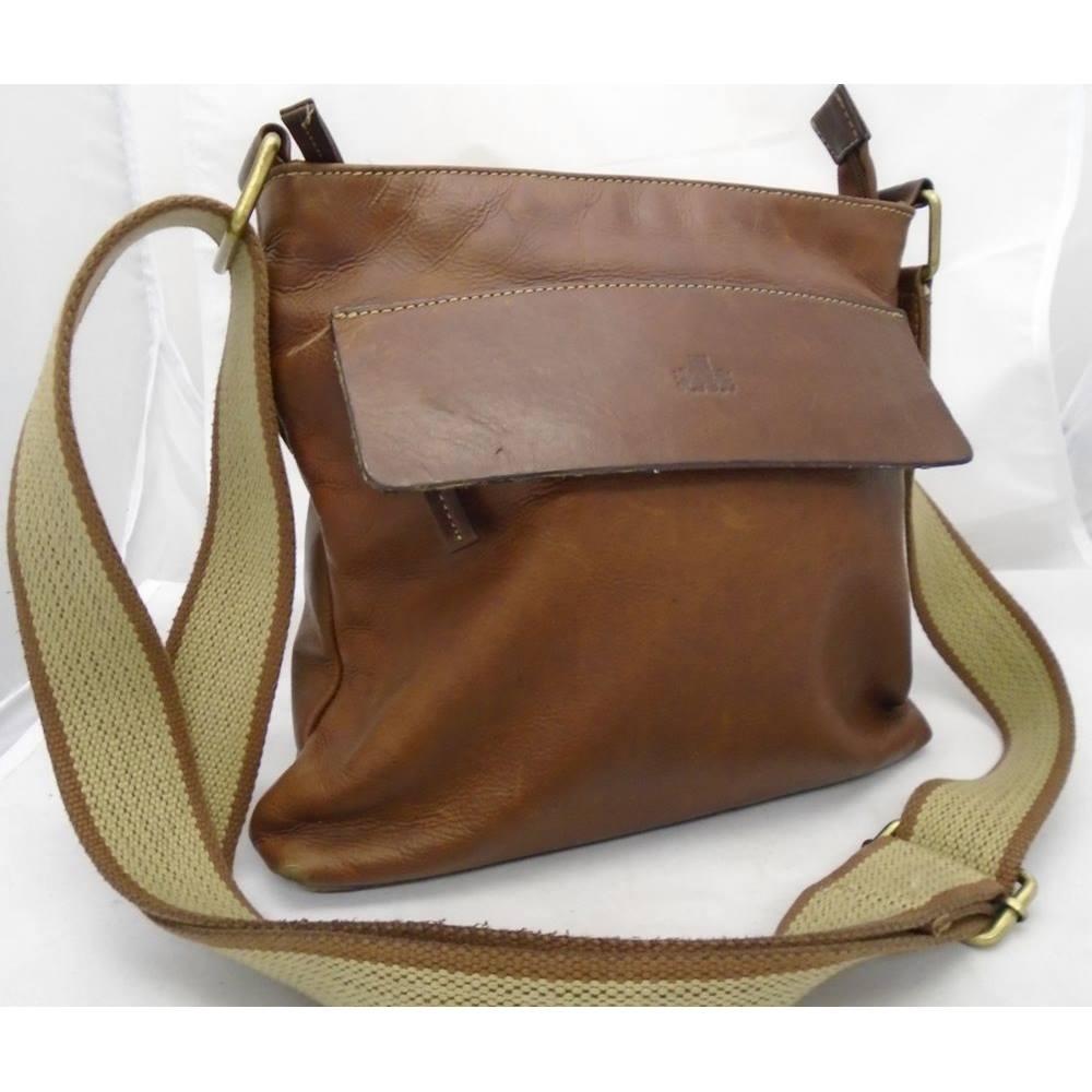Rowallan Chestnut Brown Leather Cross Body Bag Loading Zoom
