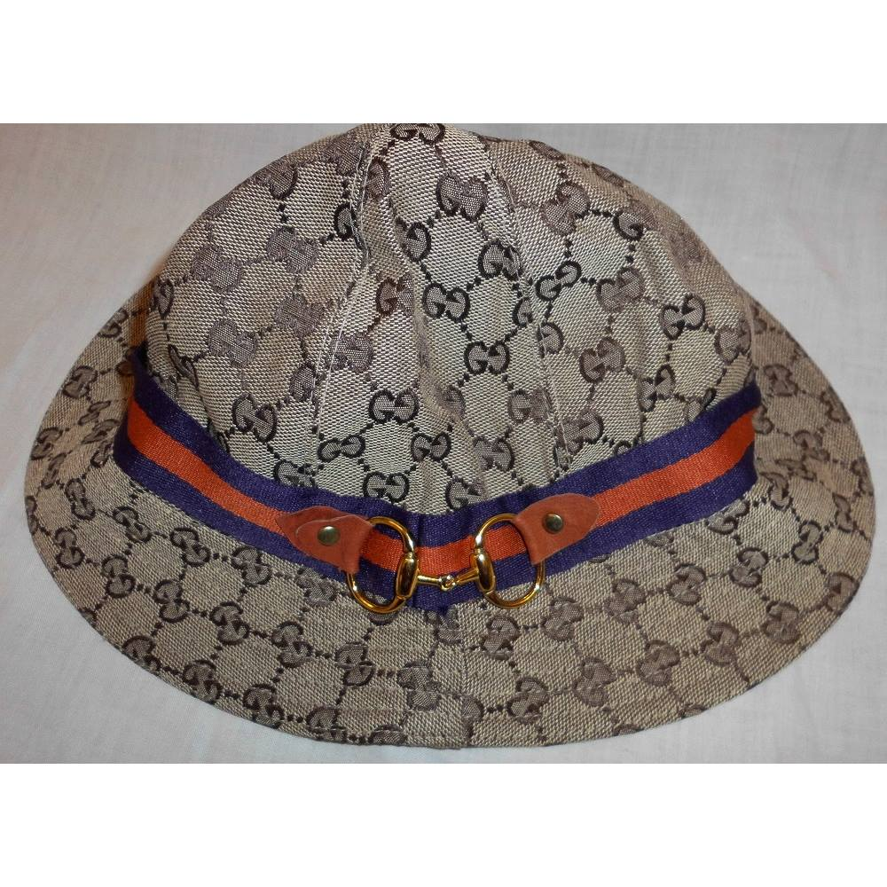 Beige Ebony New Gg Bucket Hat Gucci - Multi-coloured  82f18797229a