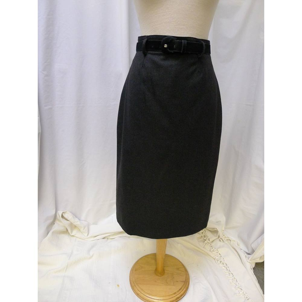 183f7e22b2 Vintage Planet Pencil Skirt Size: 4 | Oxfam GB | Oxfam's Online Shop