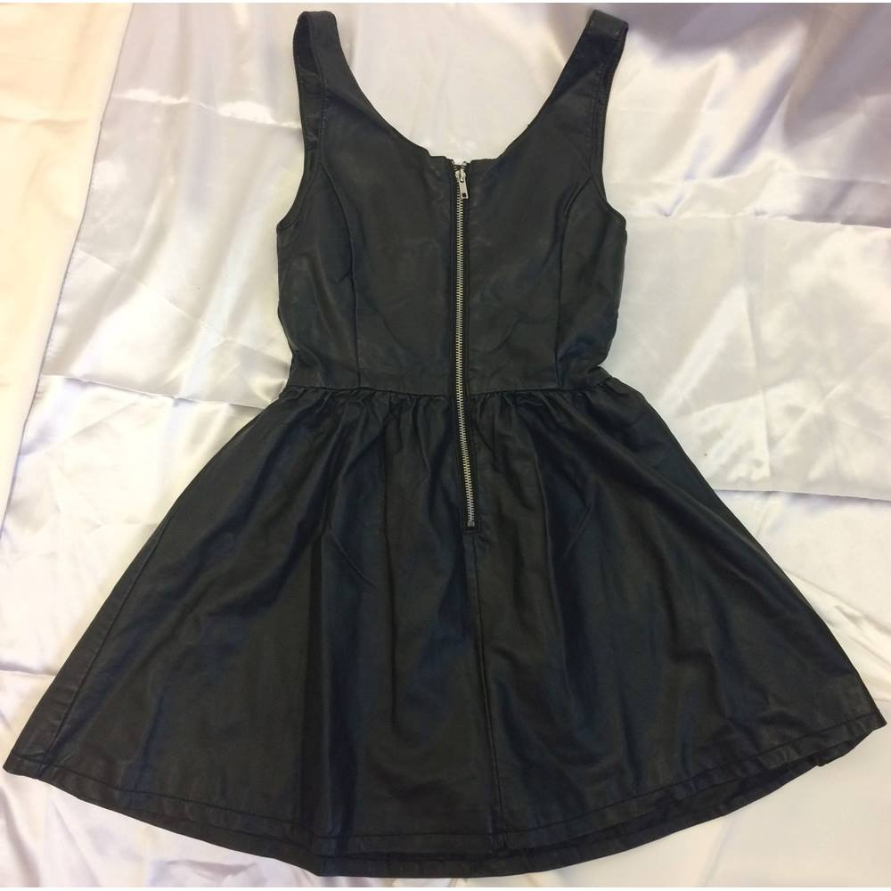 8f6c9ee92c BNWT Divided By H&M Black Faux Leather Skater Dress Pleated Zip Pleather  Look PU Size: Loading zoom
