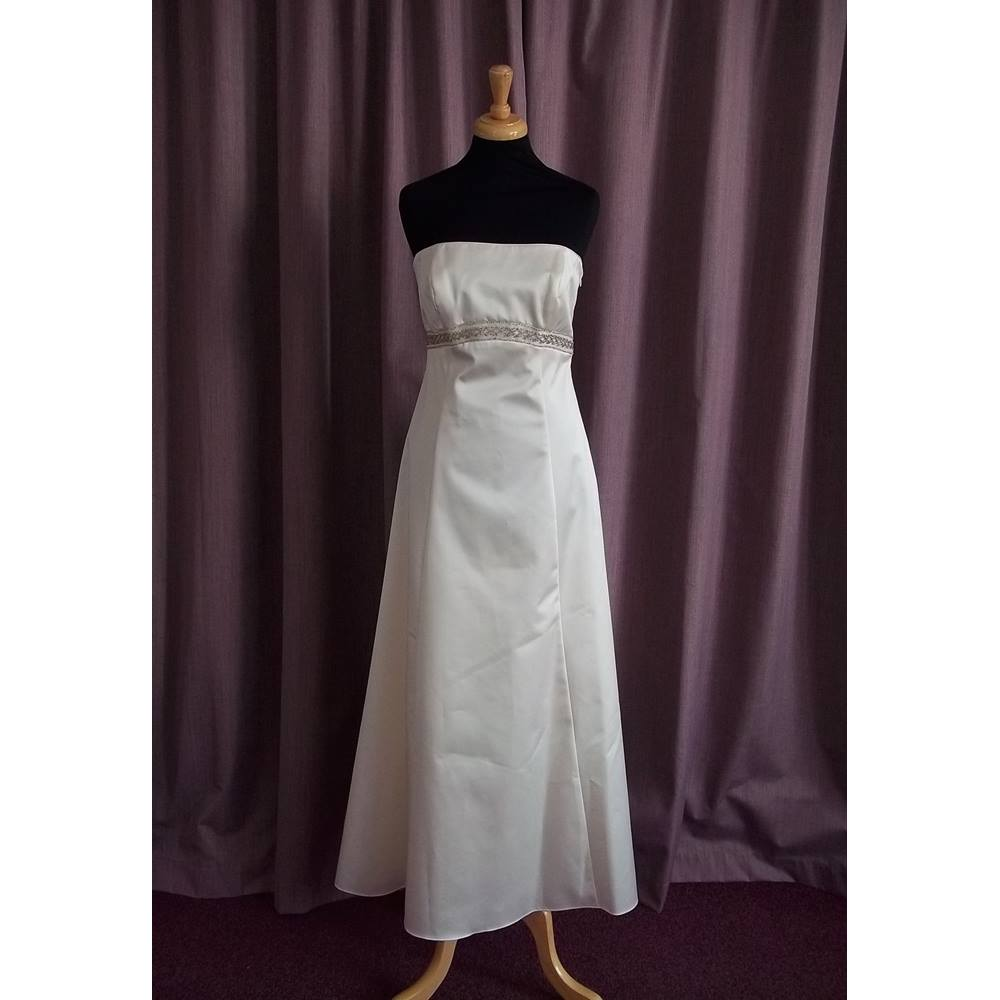 Debenhams Ivory Wedding Dress Size 10 Bnwt Oxfam Gb Oxfams