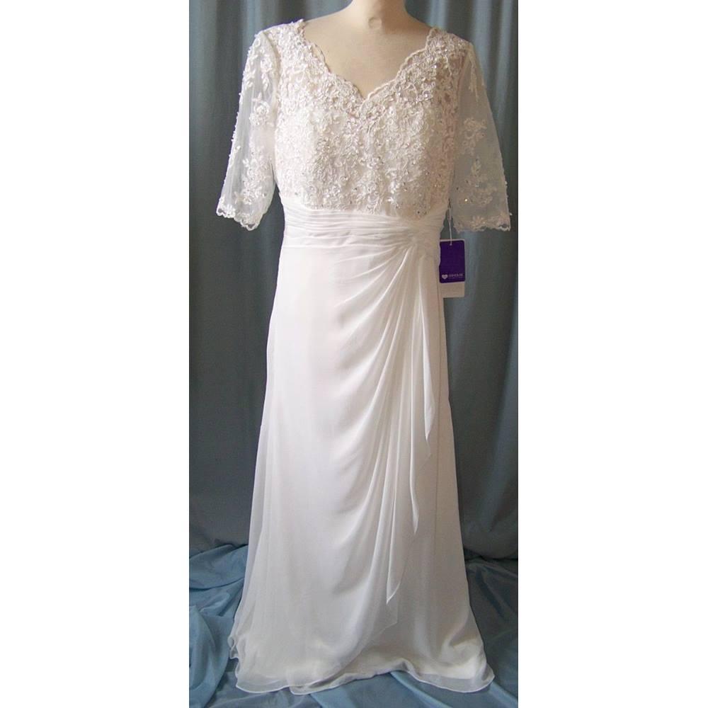 Jjs house size l cream ivory wedding dress for Oxfam wedding dress shop