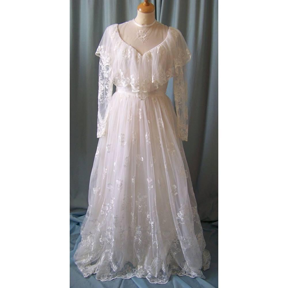 Size 14 Short Wedding Dresses