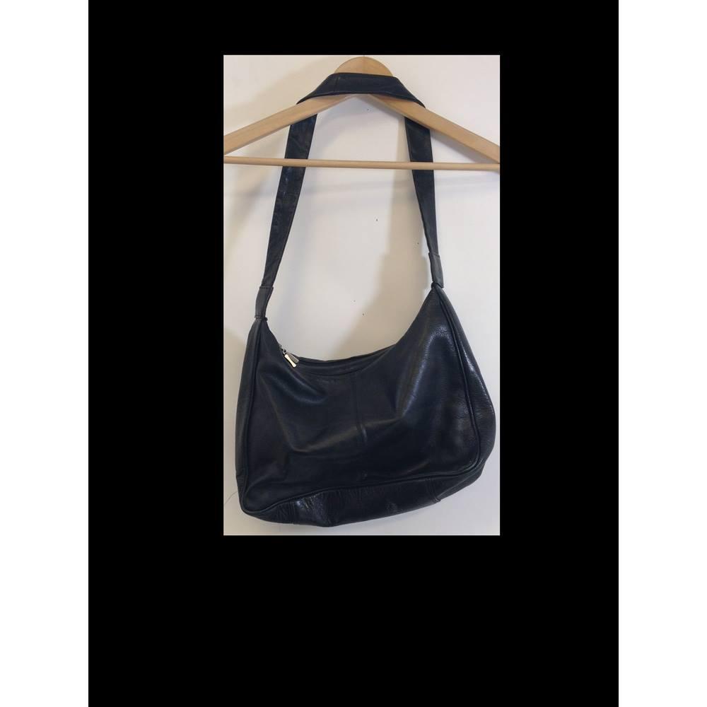 Linea Ancora Creazioni Italiane Women S Handbags Loading Zoom