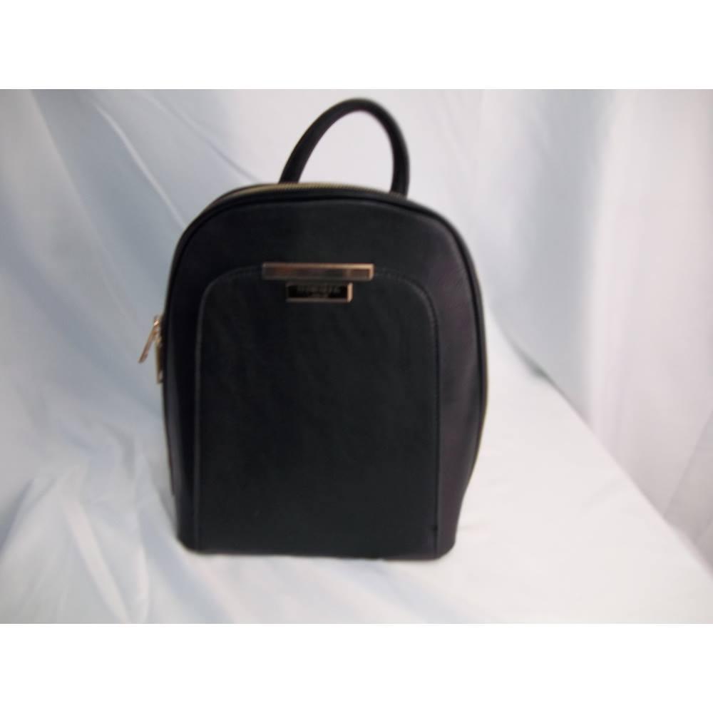 75229723fa80b0 Ted Baker Medium Size Black Backpack Style Handbag. Loading zoom