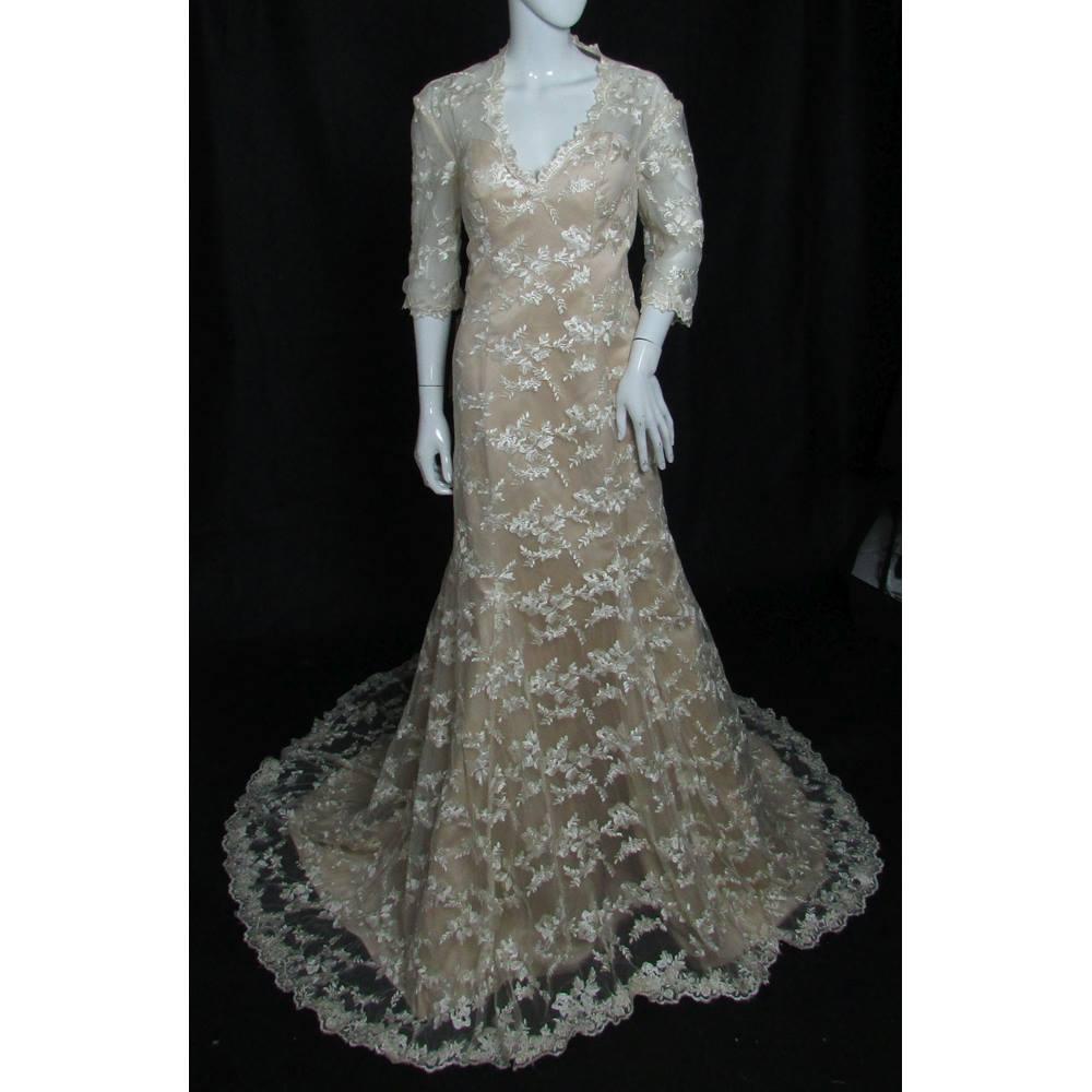 Diy Wedding Gowns: Mermaid Lace