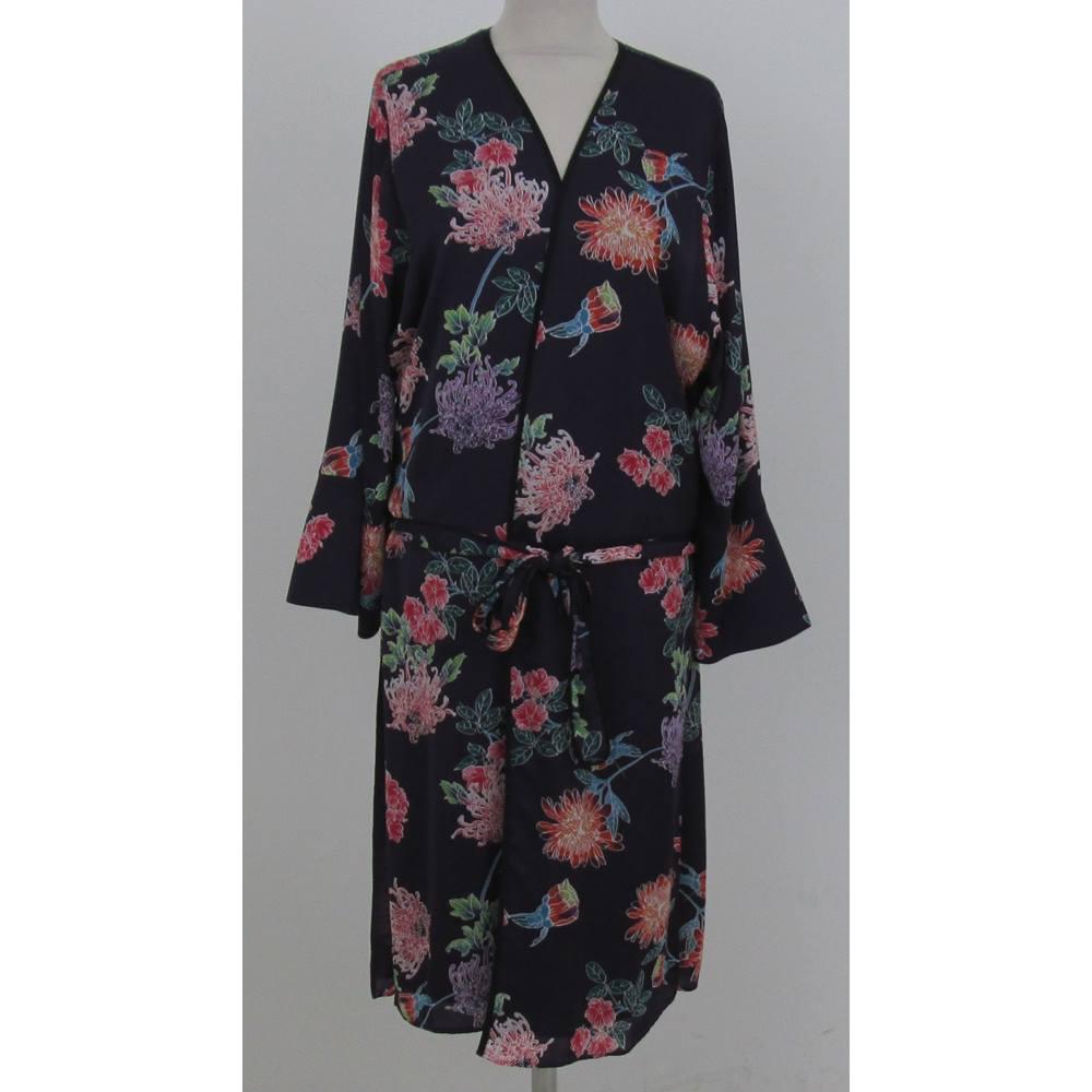 NWOT: M&S Limited Edition: Size 8: Purple floral mix Kimono dressing ...