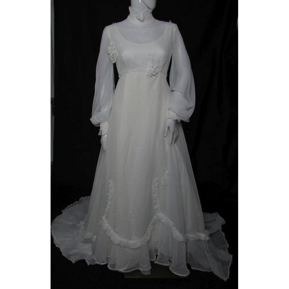second hand wedding dress shops - Local Classifieds in Lancashire ...