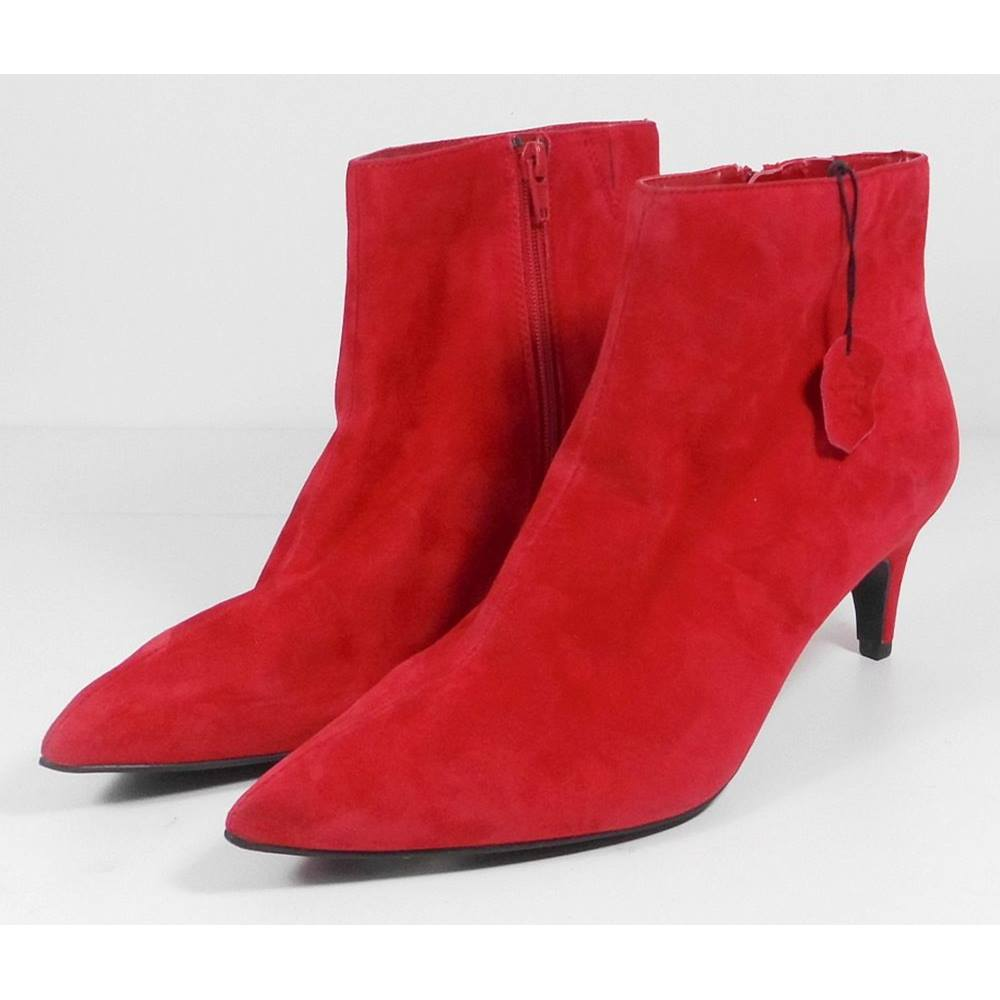 7c3a2a8e067 Marks   Spencer Red Suede Ankle Boots Size 5.1 2 Wider Fit