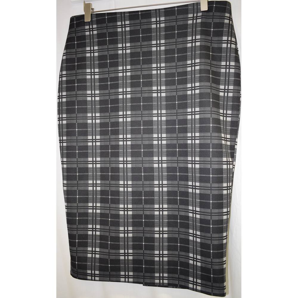 8ac31ccd1d M and S Collection black check pencil skirt size 14 L M&S Marks & Spencer  -. Loading zoom