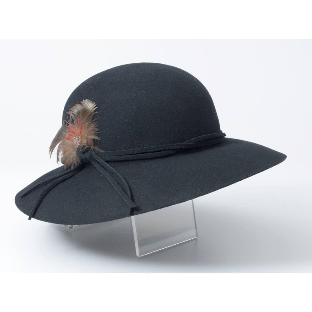 4ae440ad589 Vintage black felt Bermona Trend hat Bermona - Size  S - Black - Wedding hat.  Loading zoom