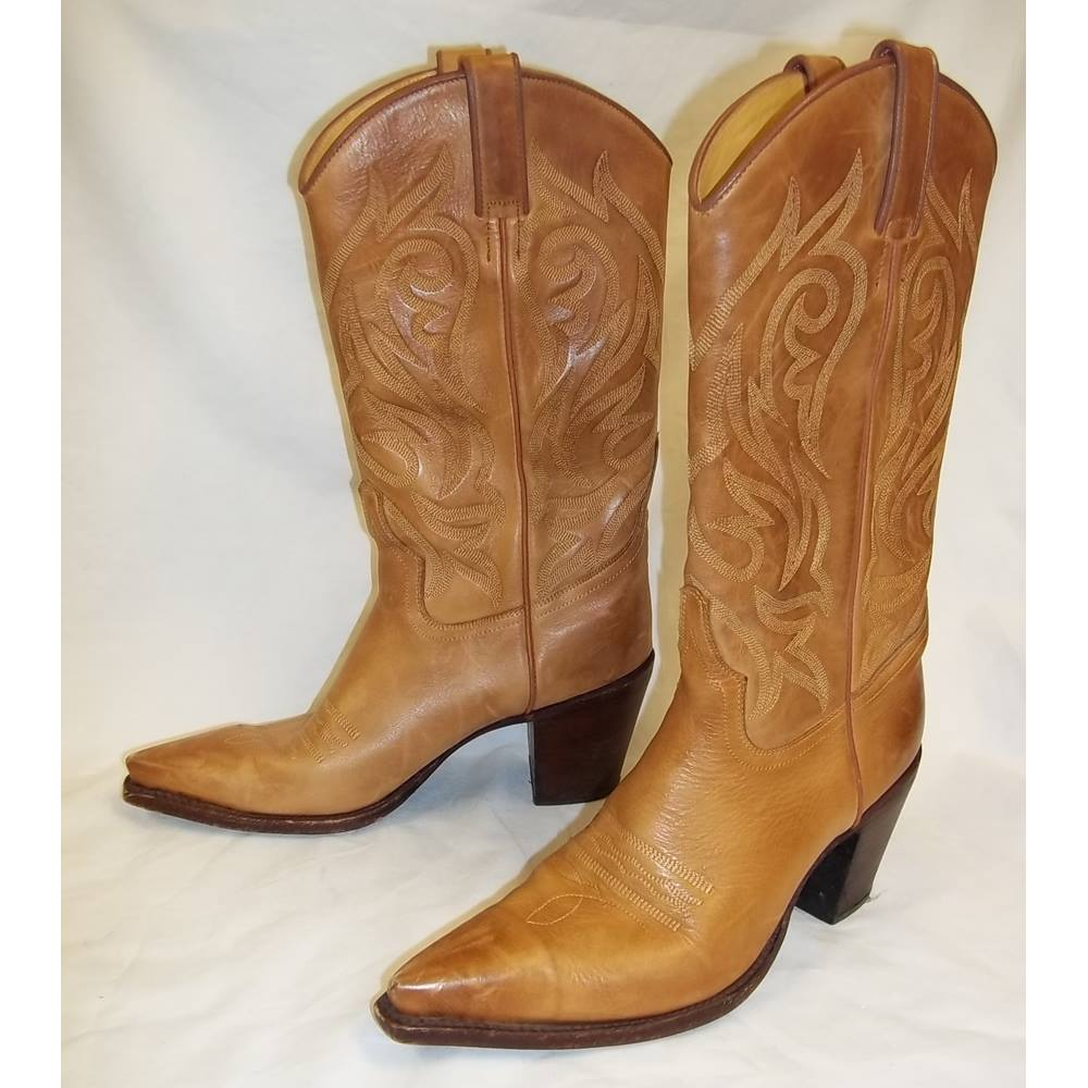 8678879e245 R-Soles-By-Judy-Rothschild - Size: 39 - Beige - Cowboy Boots   Oxfam GB    Oxfam's Online Shop