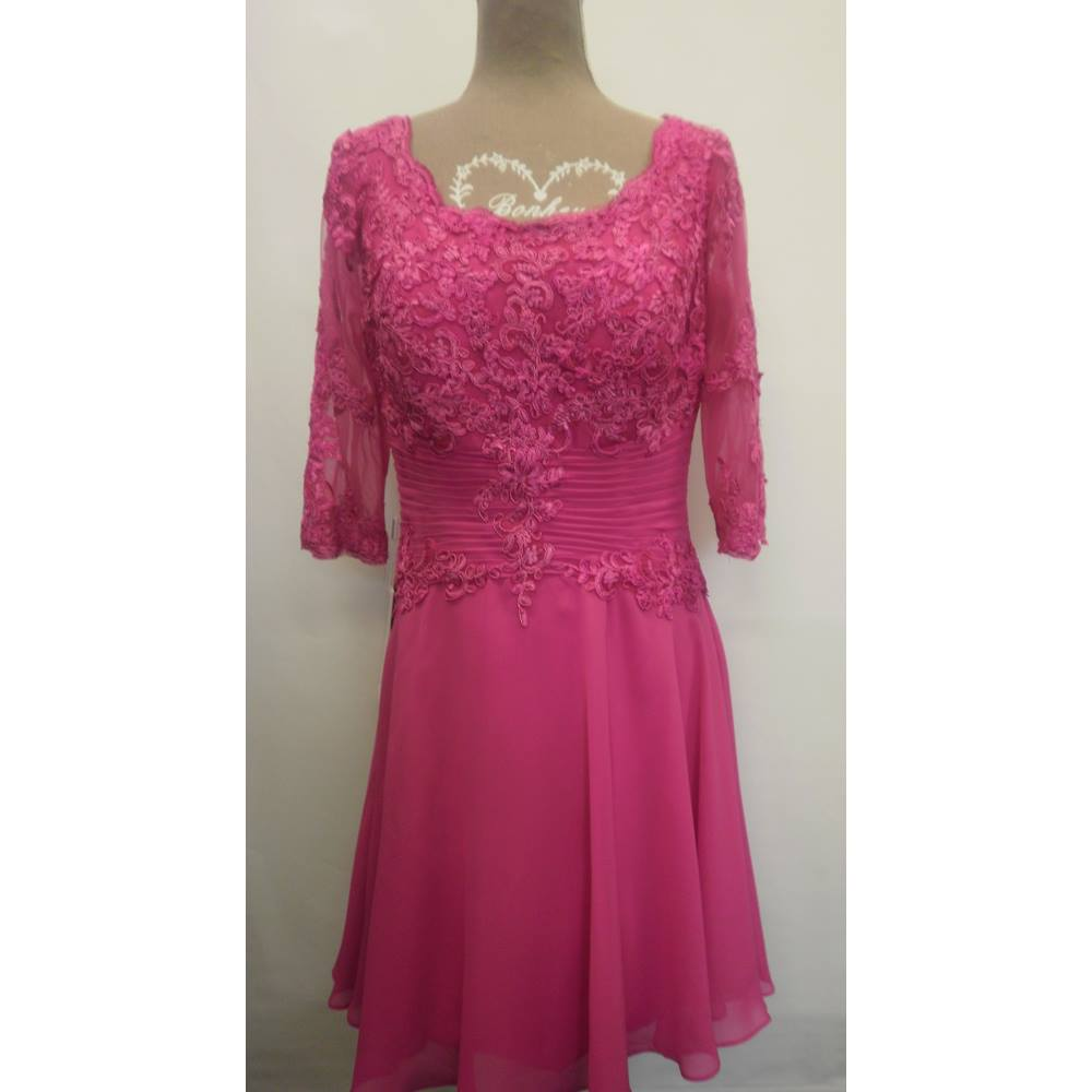 e6bc9d3aeb8 BNWT Fuchsia Special Occasion Dress JJS House - Size  14 - Pink - Prom dress