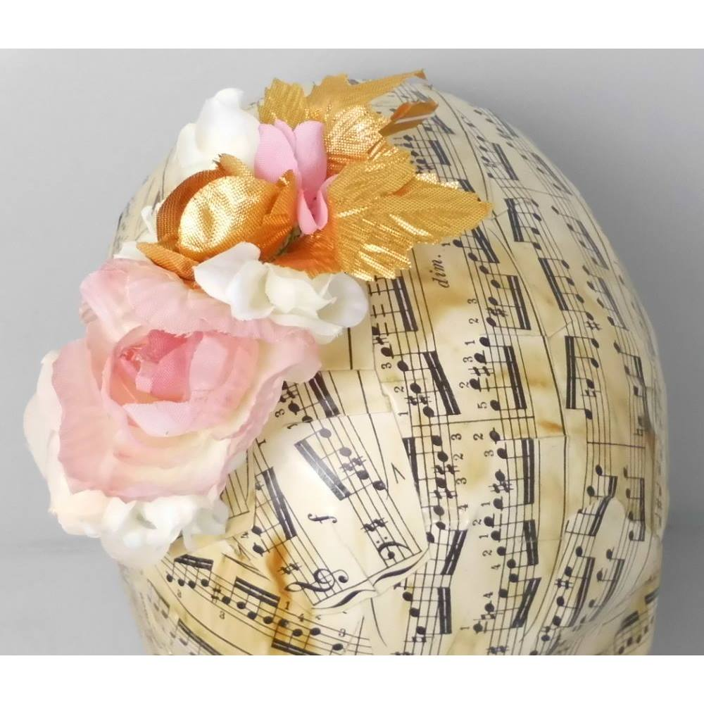 Bnwt Asos Gold Rose White Hair Flower Comb Oxfam Gb Oxfams