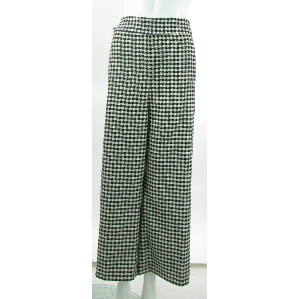 BNWOT - M&S Marks & Spencer - Size: 22 - Black & White - Cropped ...