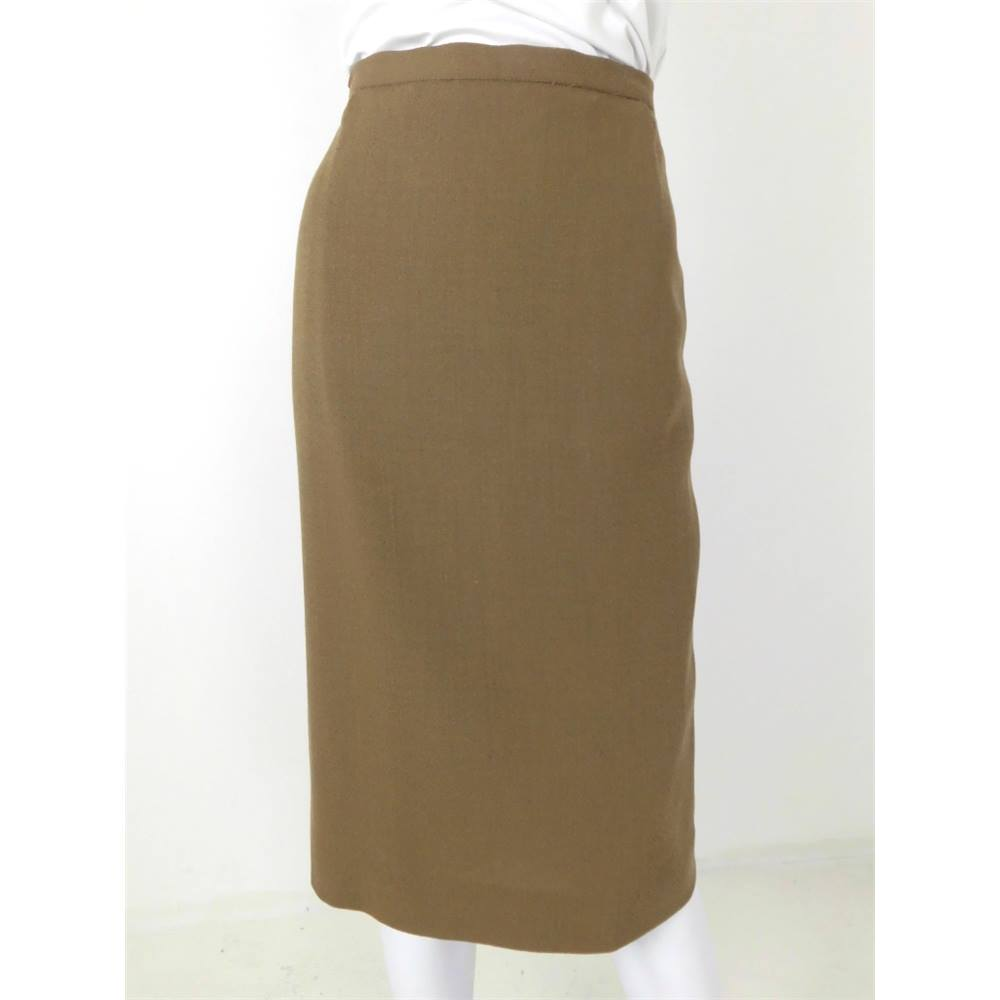 f2664c662be7 Vintage 80 s Jaeger Size 12 Olive Green Wool Straight Skirt. Loading zoom
