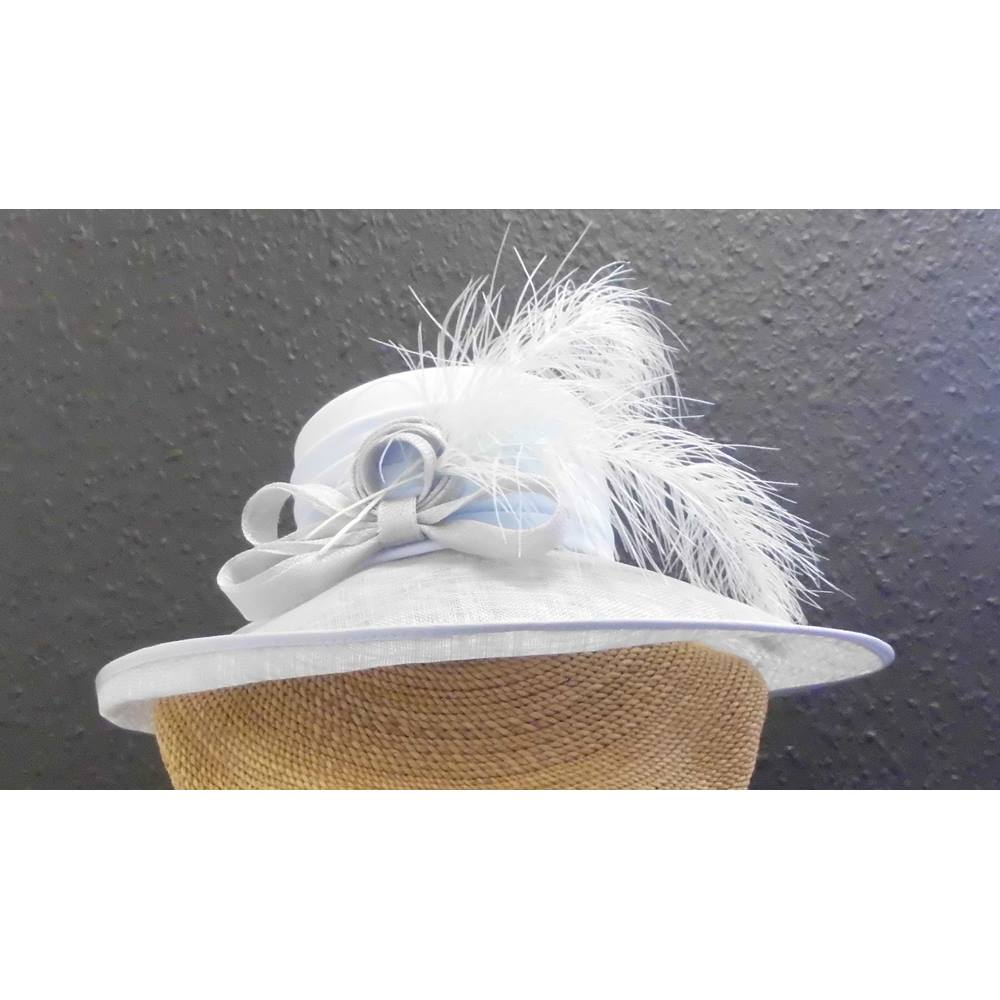ad7b91c81fa Ladies wedding hat in pale blue and silver grey. Cappelli Condici - Size  M.  Loading zoom