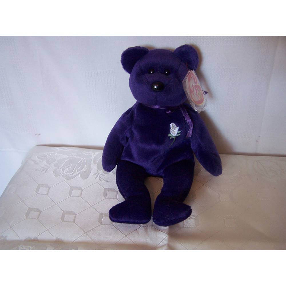 Collectable TY Princess Diana Beanie Babies Purple Bear with White Rose on  Chest TY 56797c1004eb