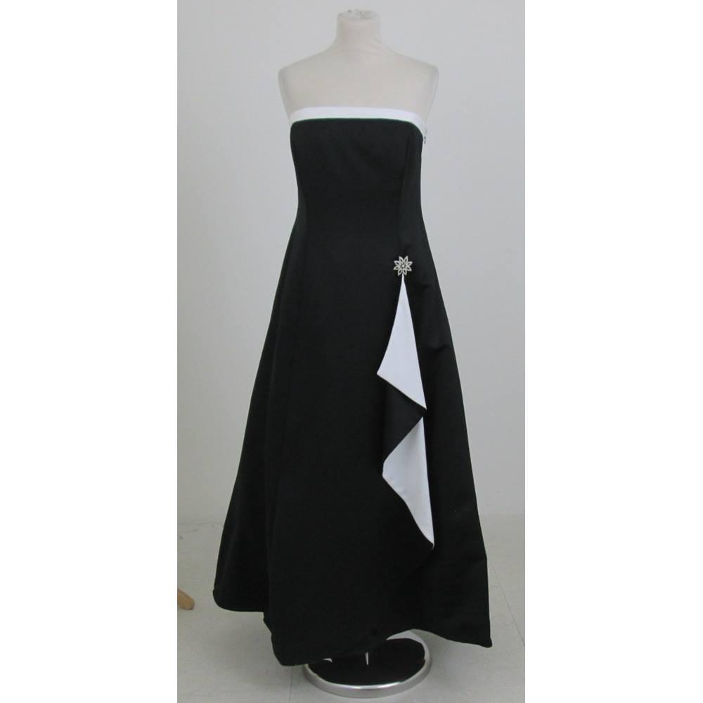 White Cocktail Dress Size 14
