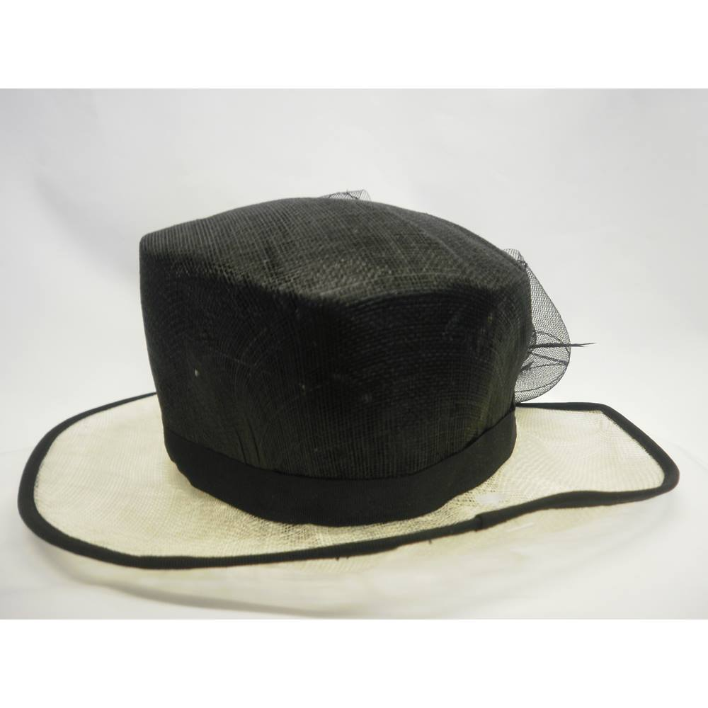 New M S Formal Hat Complete Without Tags Marks Spencer Size Loading Zoom
