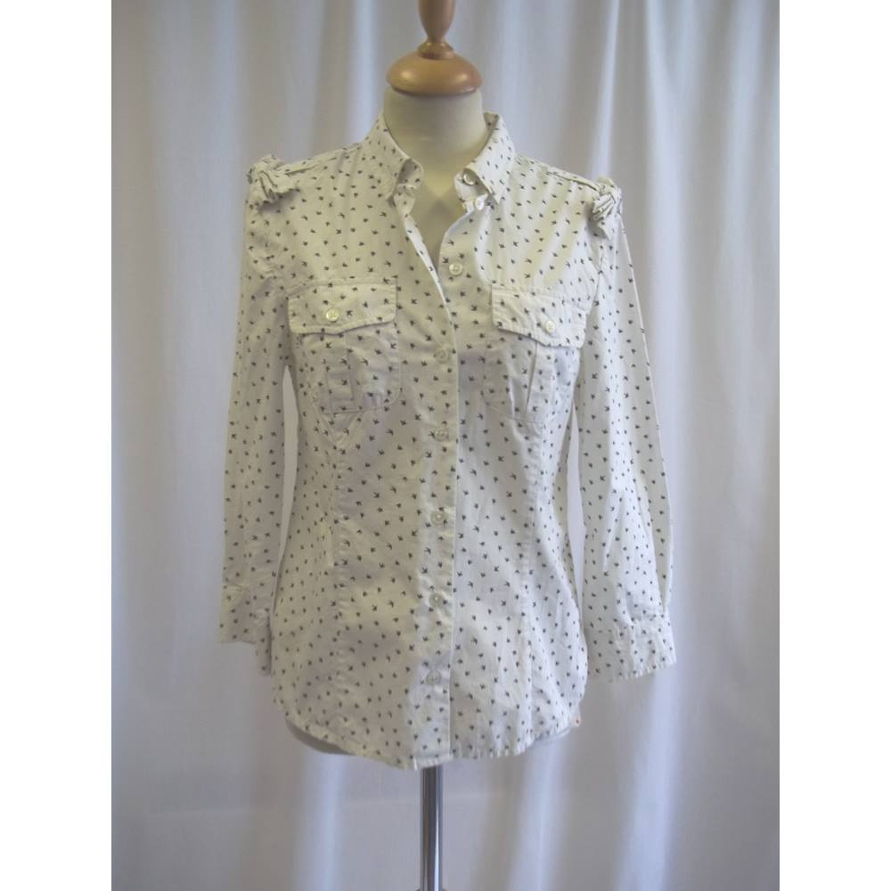 5594ded1165 NW3 Hobbs - Size  8 - Cream and Blue - Long sleeved shirt