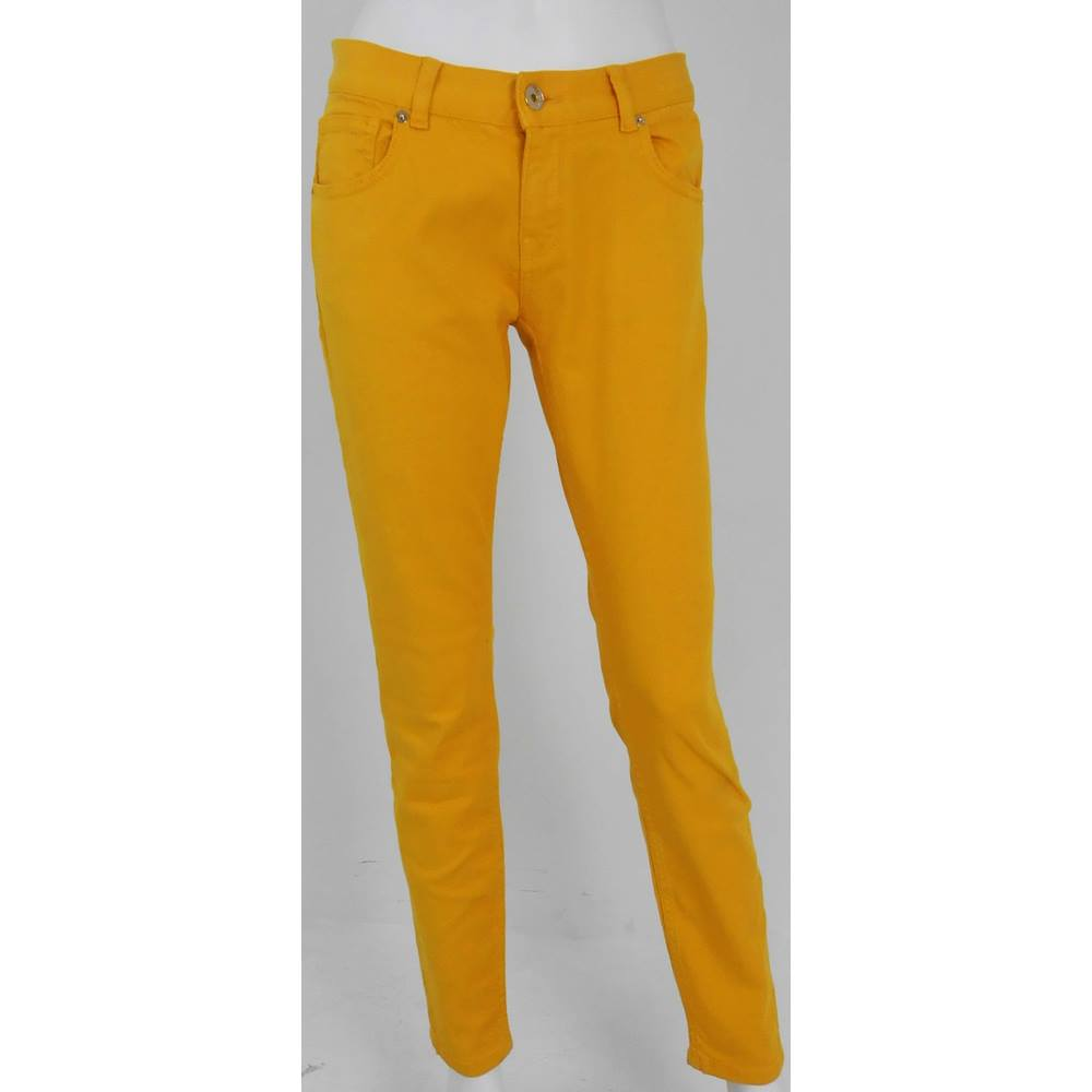 b74ee46676a4 BNWT Ted Baker - size 28