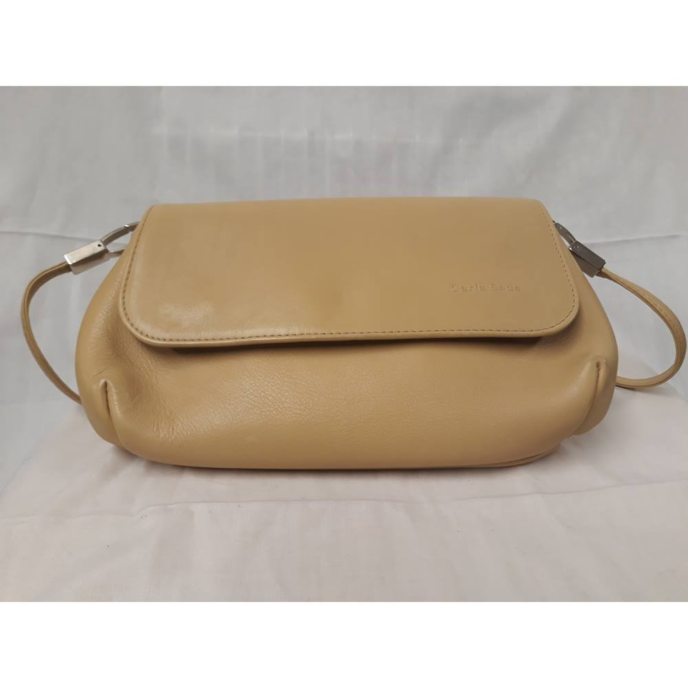 66f4d4d3f0f5 Carla Sade vintage women s handbag Carla Sade - Size  Not specified - Beige.  Loading zoom