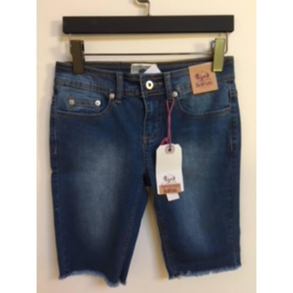 6a77d4d1a411 Bellfield's jeans shorts Bellfield - Size: XS - Blue | Oxfam GB | Oxfam's  ...