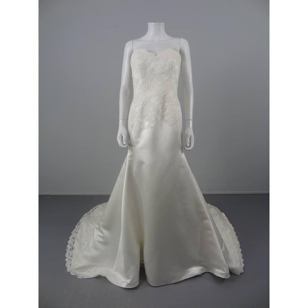 NWOT Fabulous Augusta Jones Size 14 Ivory Lace Strapless Wedding ...