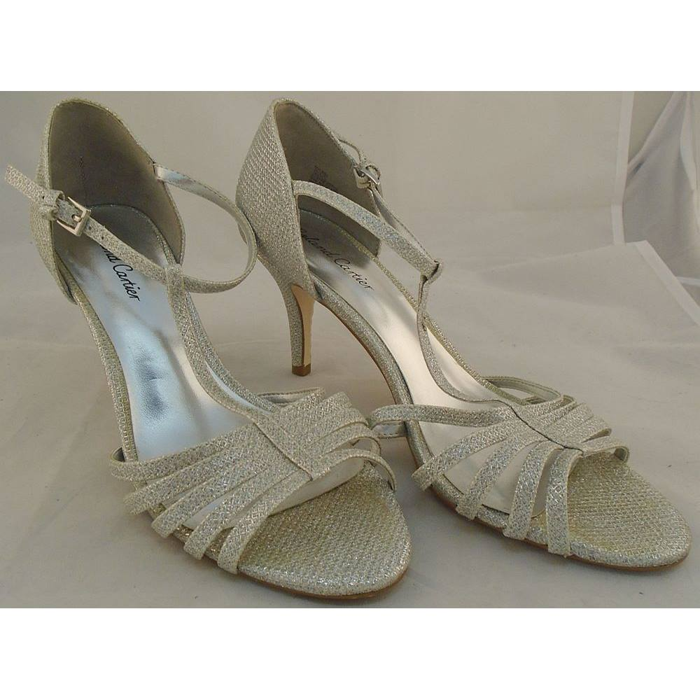 93fea83d893 Roland Cartier - Size  6 - Silver Sparkle - Heeled T Bar Sandals ...